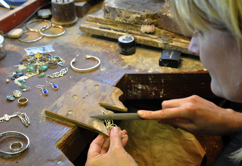 Fiona MacInnes working with jewellery crop