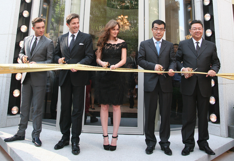 HW-Shanghai-Ribbon-Cutting.jpg