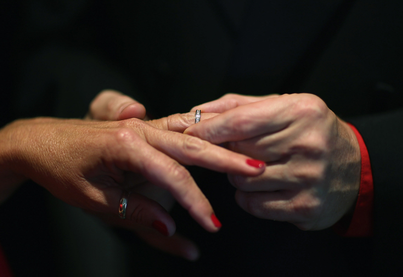 wedding-hands-161706799.jpg