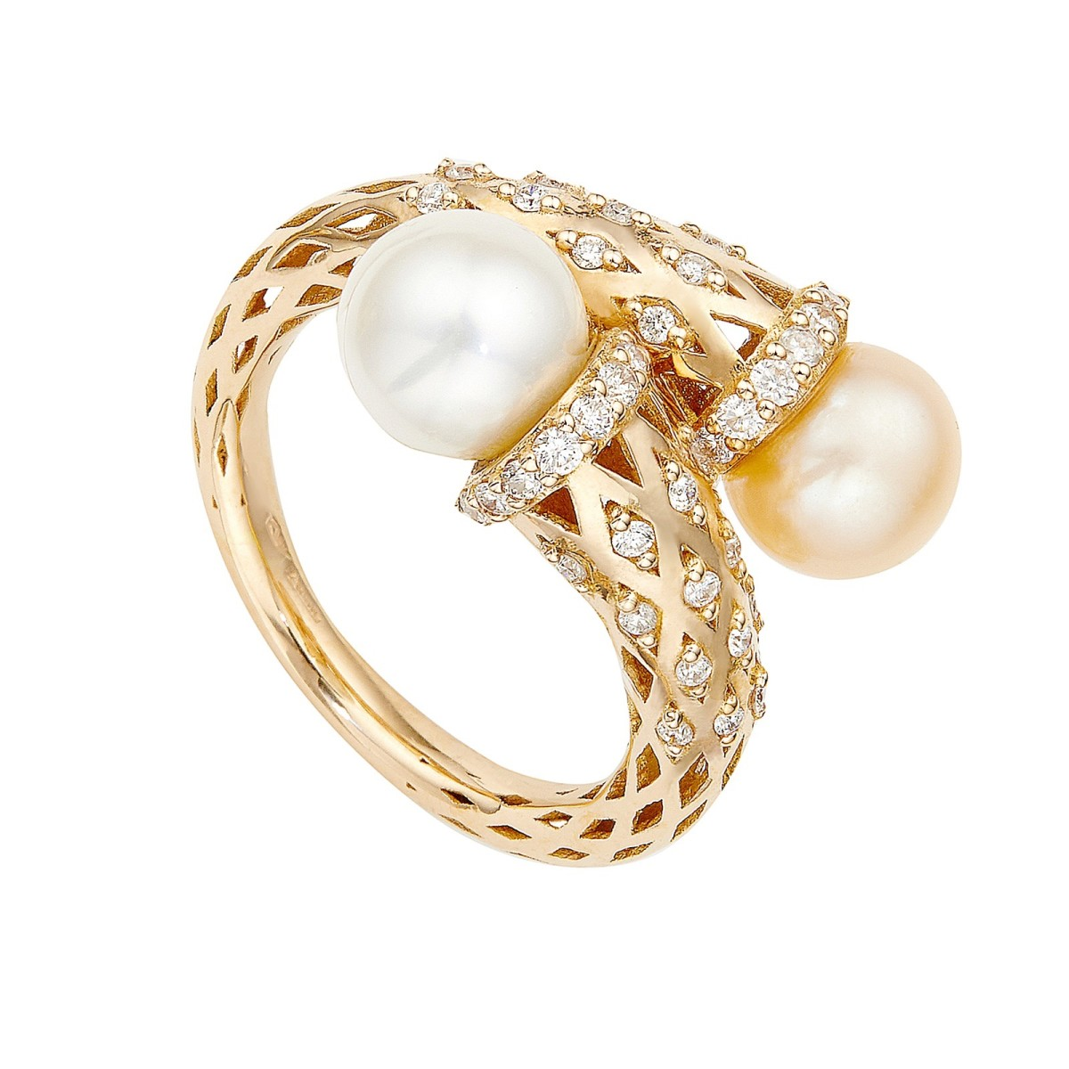 Pearlesque Ring by Sarah Ho