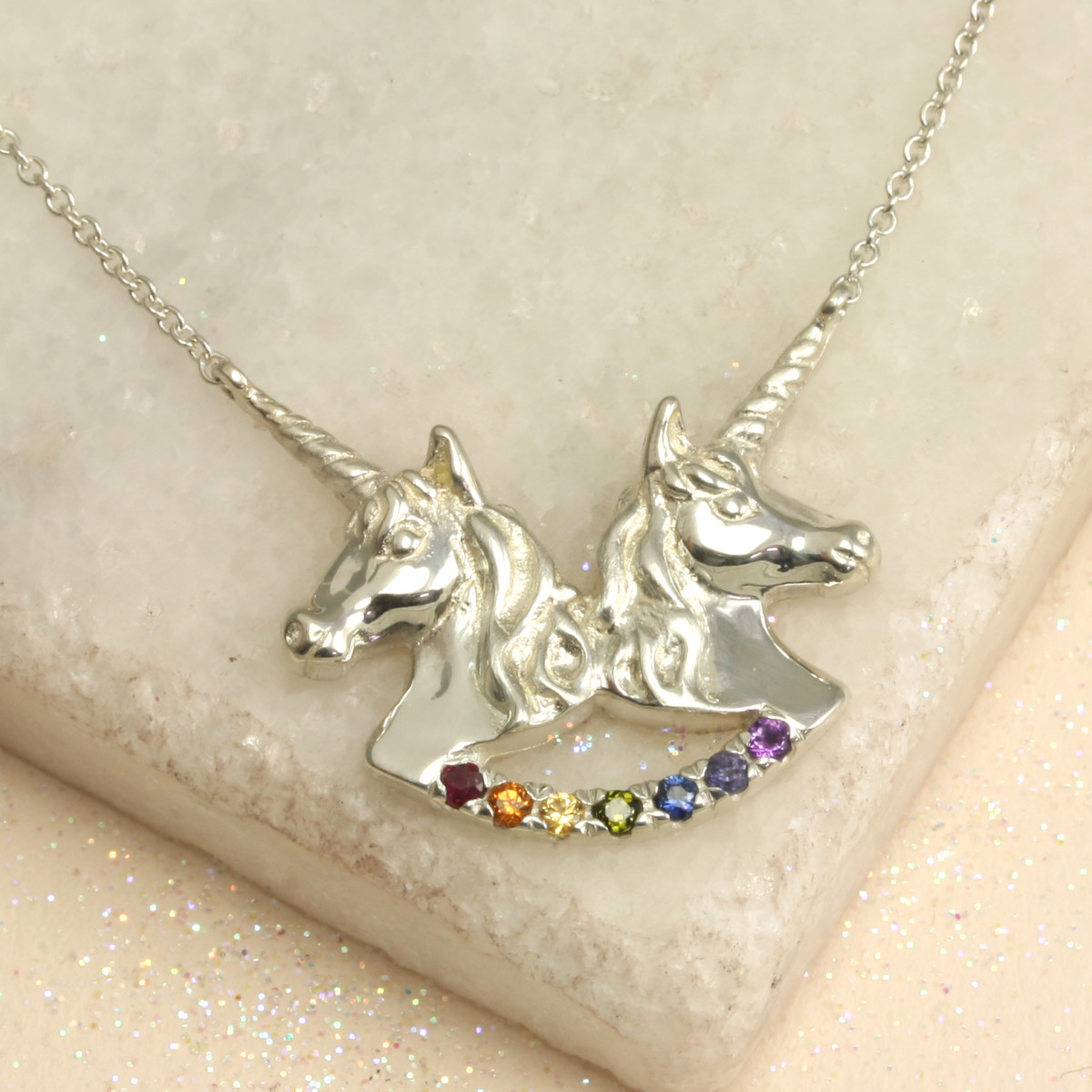 Twin_Unicorn_Necklace_NOTHS