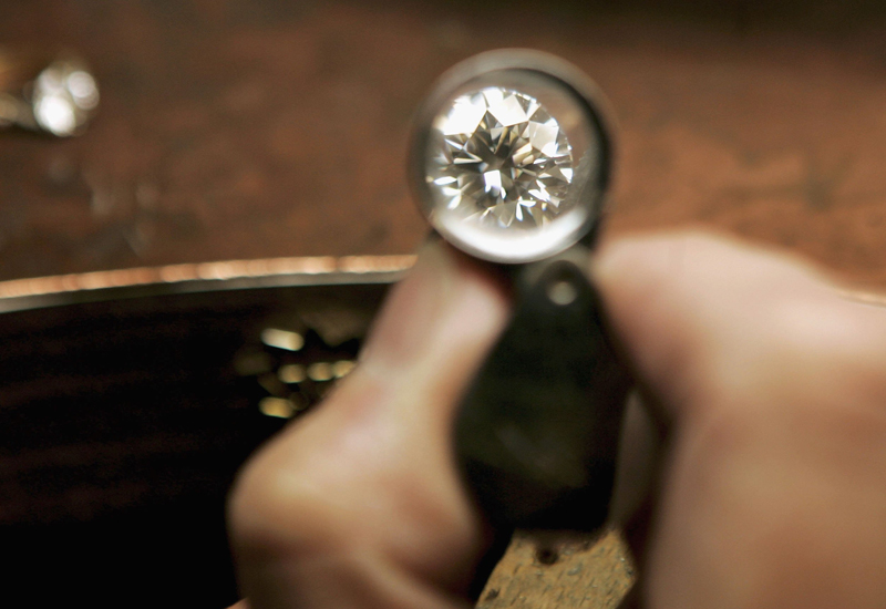 Jewellery Designer Uses Diamonds For Insets