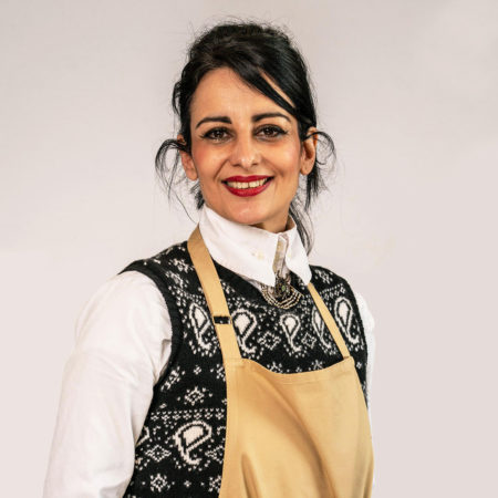 Bake Off contestant runs online jewellery business outside of the tent